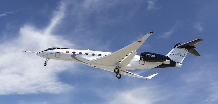 G700 biz jet makes maiden test flight
