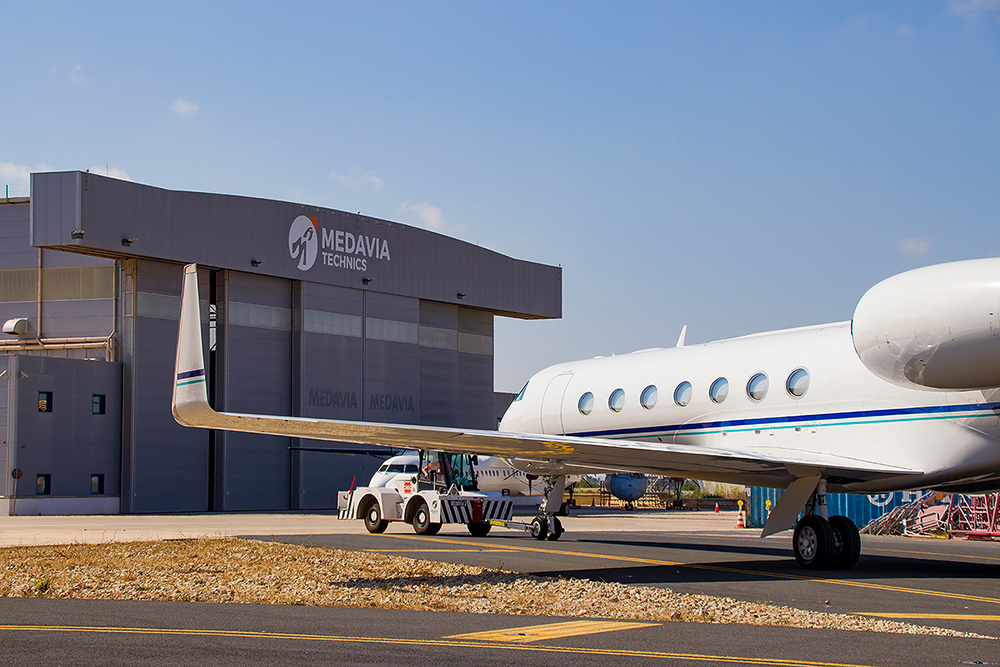 Medavia is the only Ground Handling service provider with its own private apron and hangar.