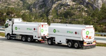 Air bp delivers 210 tonnes of SAF